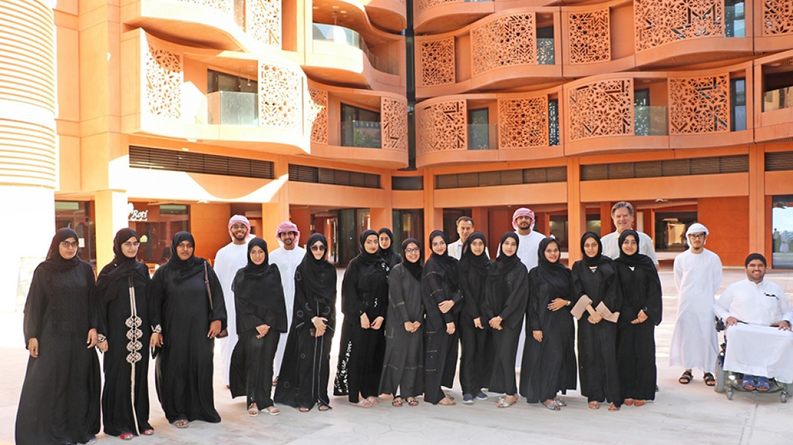 20 UAE Nationals Experience the Excitement of Cutting-Edge Research during Week-Long Ektashif Internship Program