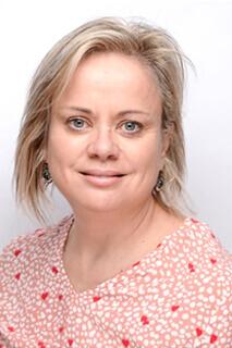 Dr. Siobhán O' Sullivan