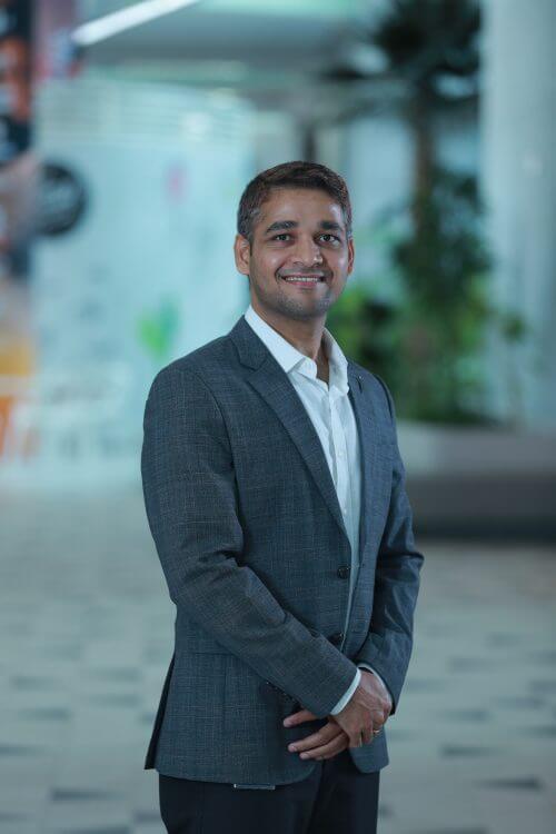 Dr. Dinesh Shetty