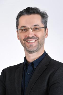 Dr. Davor Svetinovic