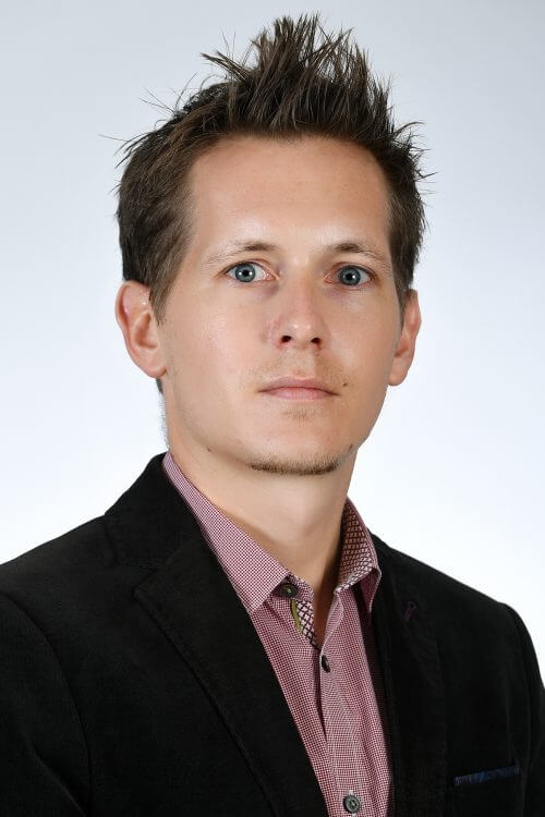 Dr. Andreas Schiffer