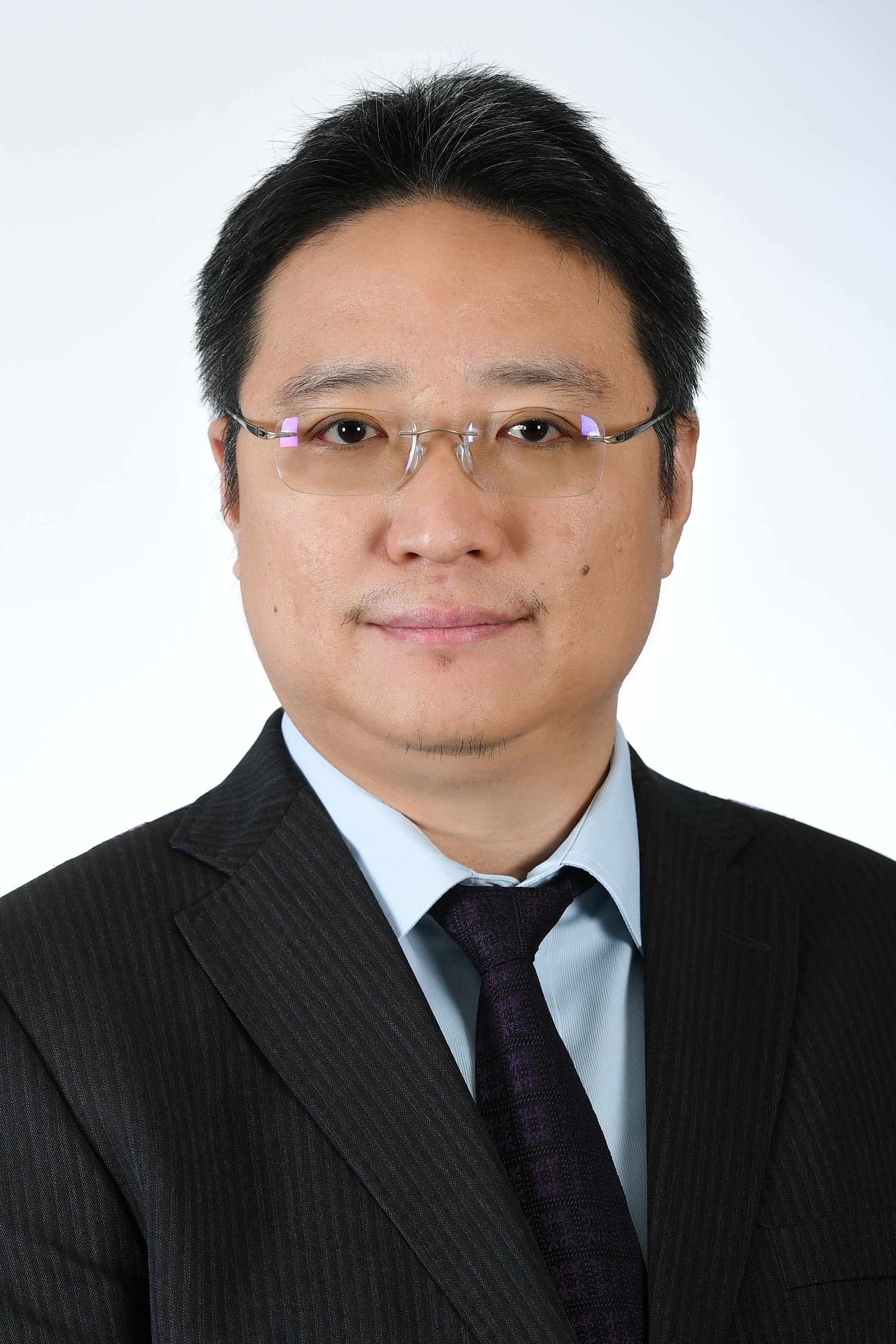 Dr. Vincent Chan