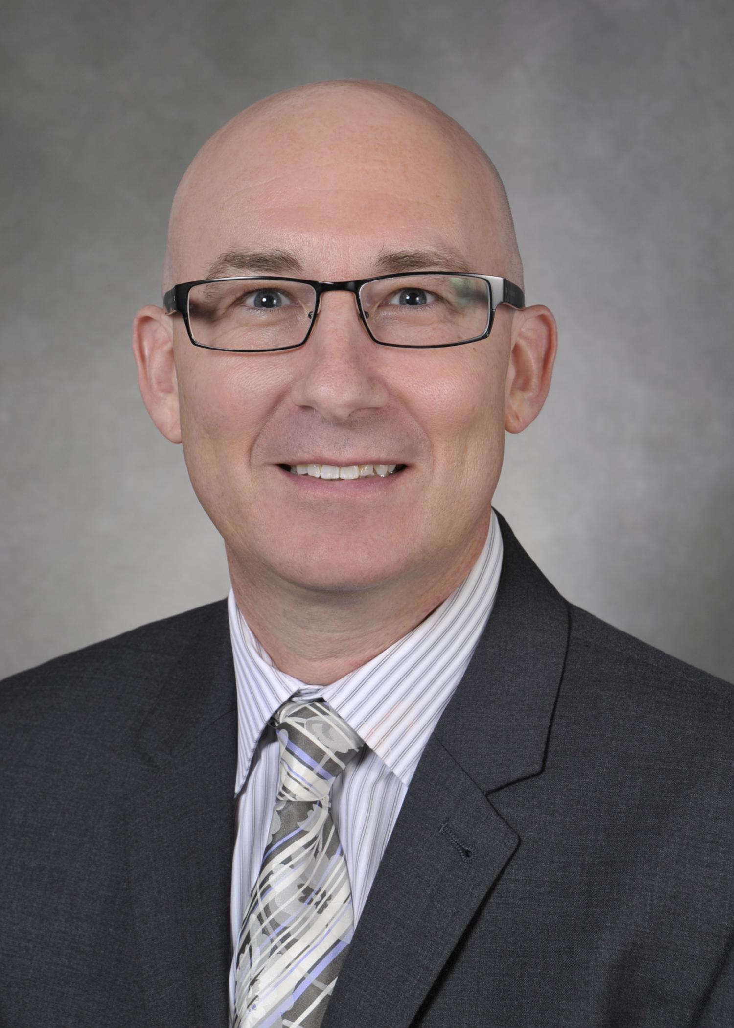 Dr. William Lyons