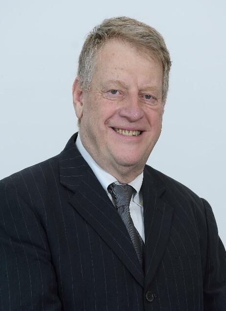 Dr. Georg Petroianu