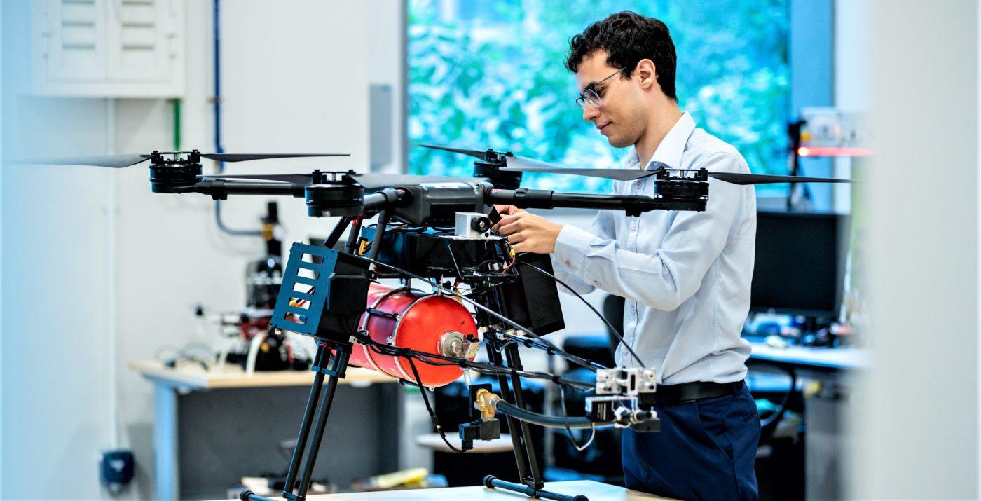 Robotics & Artificial Intelligence