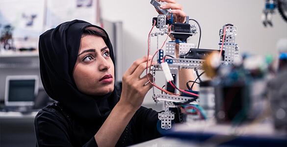 Khalifa Innovation Center Organizes 5-Day Virtual Innovation-Based Entrepreneurship 'Lab-to-Market' Bootcamp