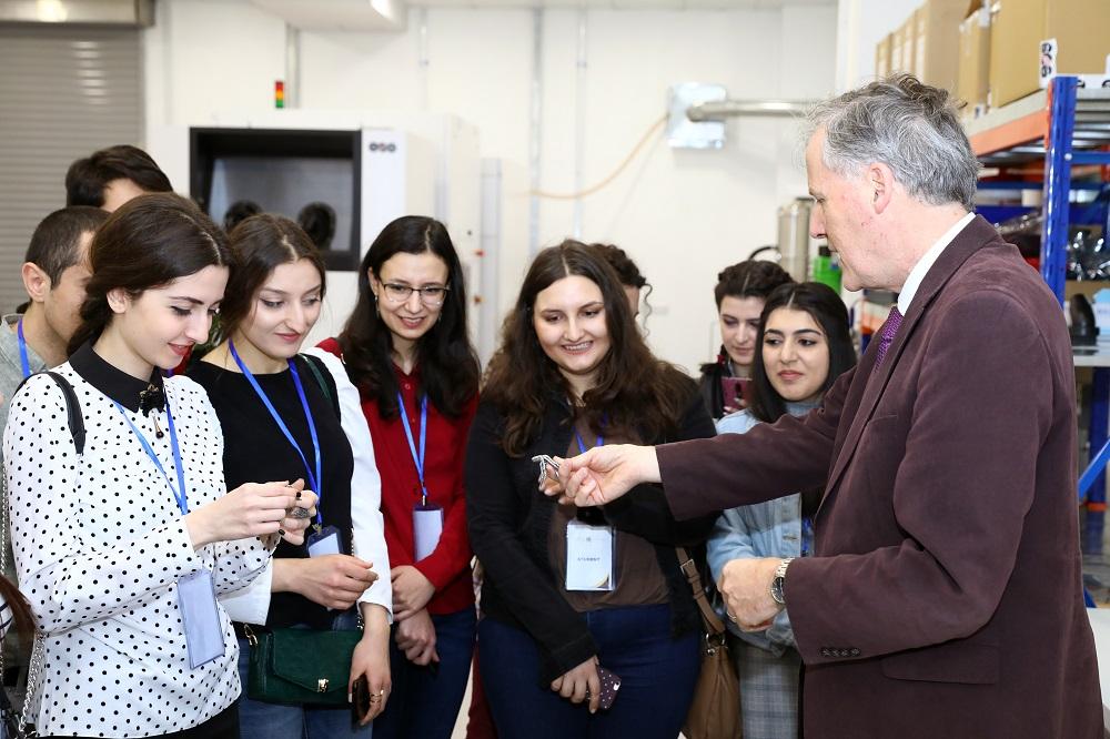 Khalifa University Hosts a University Tour for Armenian Students