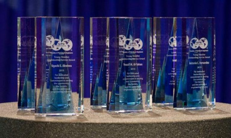 Two Faculty Members Recognized in 2021 SPE International and Regional Awards